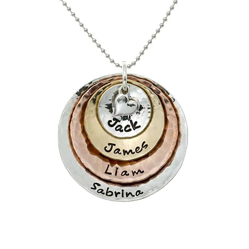 A personalized necklace for new Grandmas