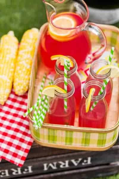 Fresh and Easy Strawberry Lemonade Recipe