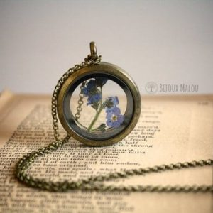 Etsy forget-me-not locket