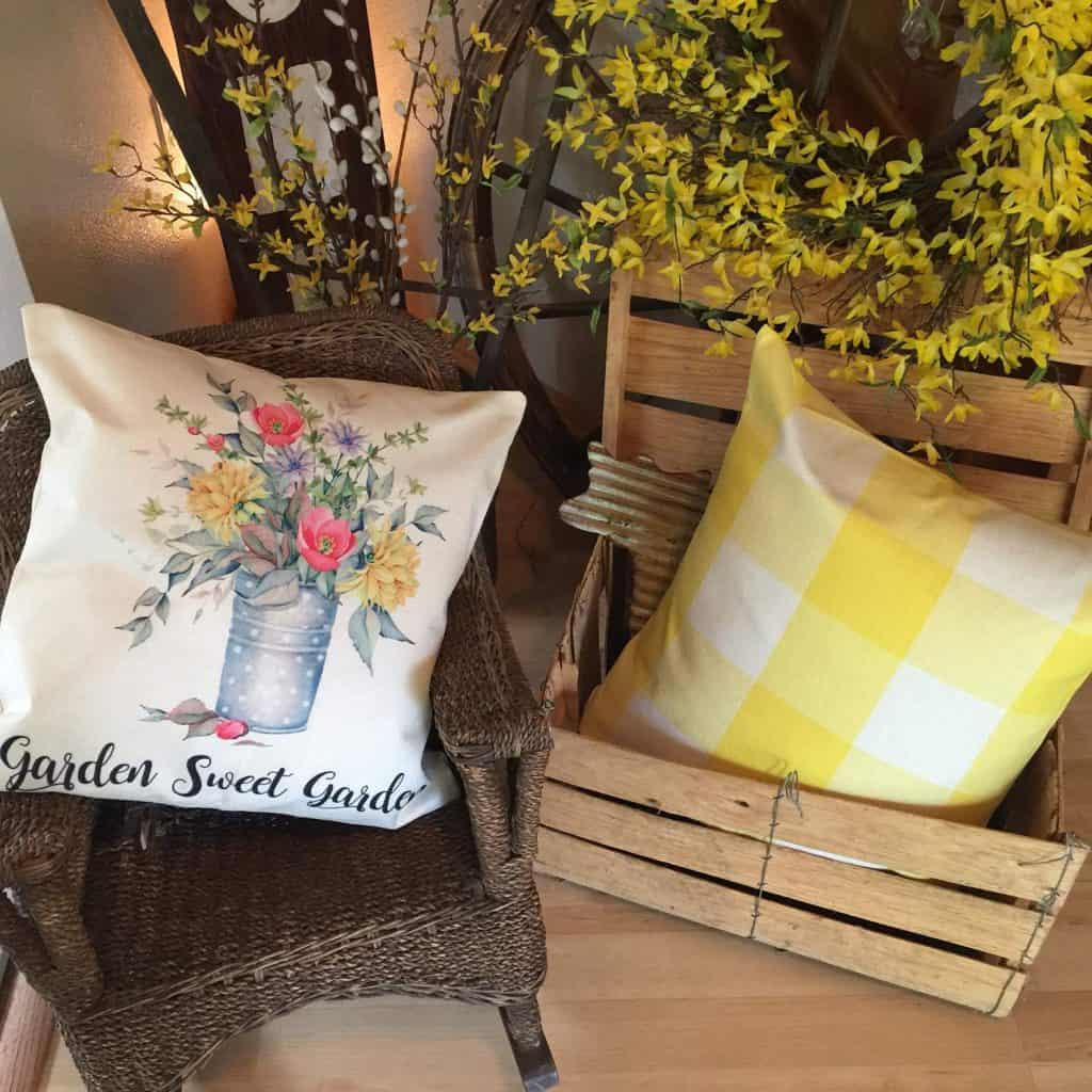 Garden pillow mother's day gifts